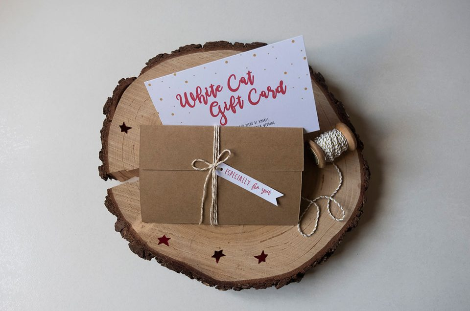 White Cat Wedding Christmas Gift Card